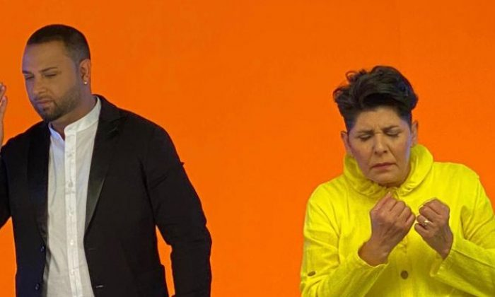 Arabeskin usta yorumcusu Cansever'den hemşehrisine destek