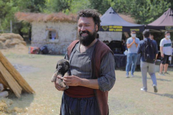 """""""HAKİKAT"""" filminin basın toplantısı Edirne'de kurulan platoda yapıldı"""