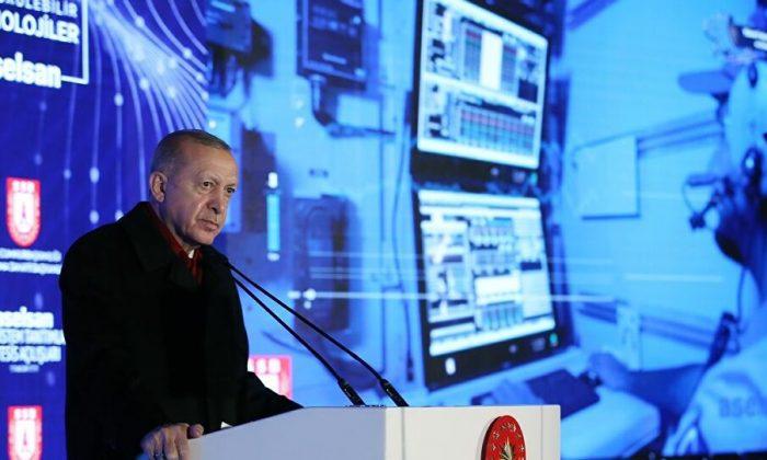 Cumhurbaşkanı Erdoğan Kanada'ya göndermelerde bulundu