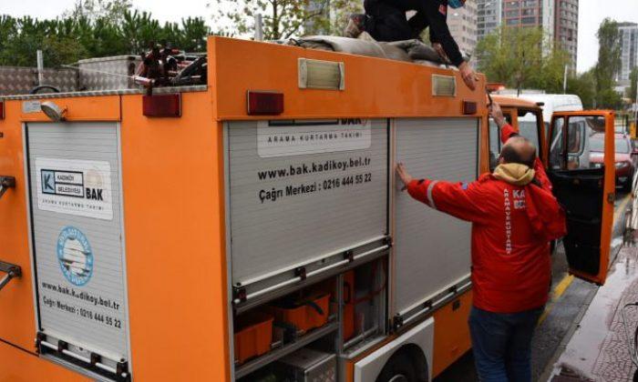 Kadıköy İzmir'in yaralarını sarmak için yola çıktı