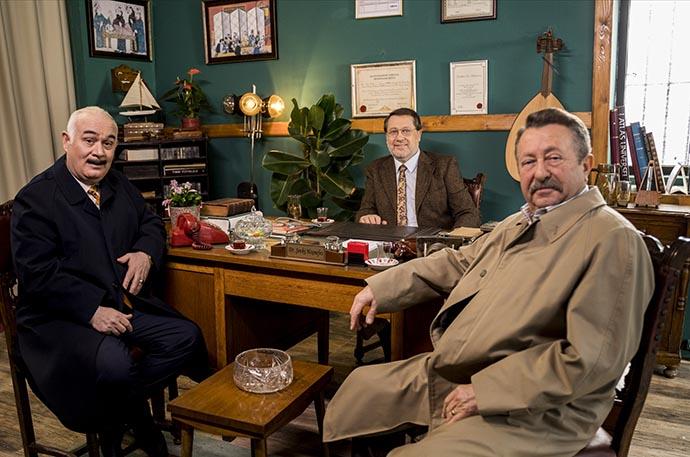 Ahmet Özhan 30 yıl sonra Tövbeler Olsun ile ekranlara geri döndü