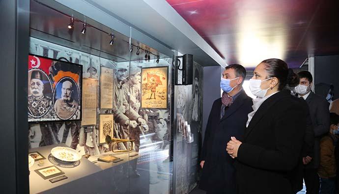 Çanakkale Savaşları Mobil Müzesi, ilk gününde Gölbaşılıların büyük ilgisiyle karşılaştı.