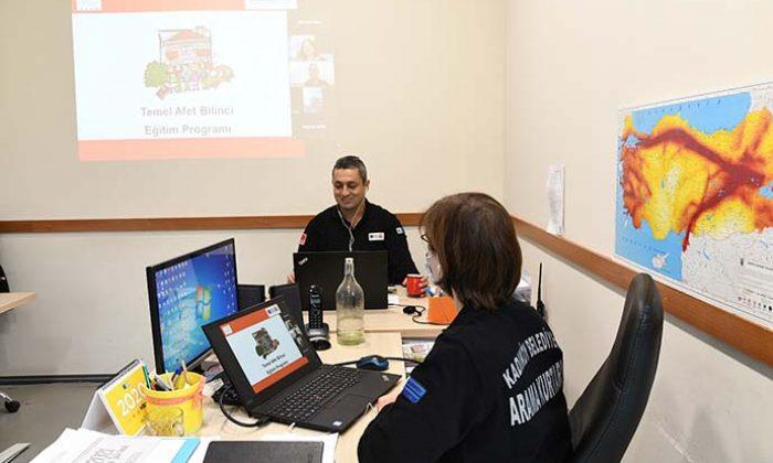 Kadıköy Belediyesi'nden online afet eğitimi