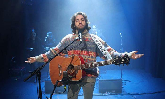 Ufuk Beydemir'den John Lennon hayranlarına yılbaşı sürprizi!