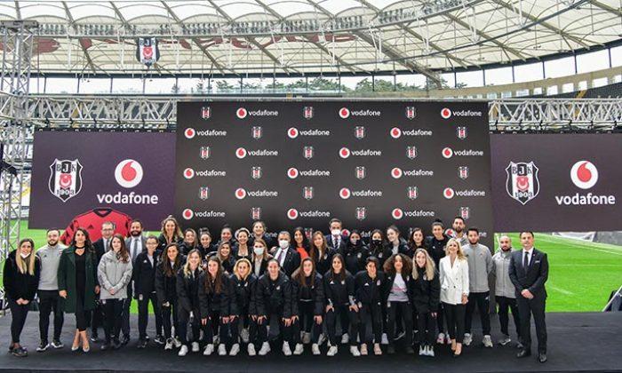 Vodafone, Beşiktaş bayan futbol takımının isim ve göğüs reklamı sponsoru oldu